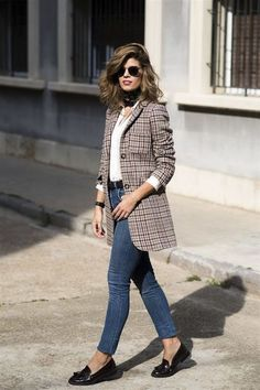 competitive price 45300 38ce5 Looks de oficina para cuando se te acaban las ideas Blazer Jeans, Long  Blazer,