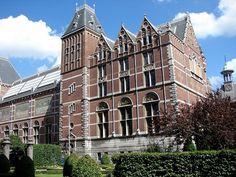 Ámsterdam posee muchos atractivos y, entre ellos, sus museos. Pues aquí un listado de los cinco imperdibles.