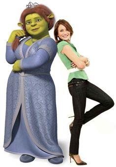 Lovely Cameron Diaz & her Princess Fiona Shrek Princesa Fiona, Cameron Diaz The Mask, Fiona Shrek, Shrek Costume, Eddie Murphy, Black Actors, 3 Movie, Celebs, Celebrities