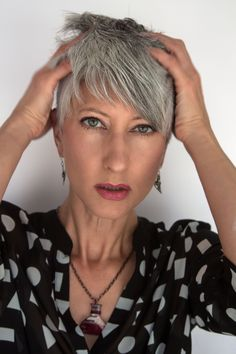 Grey Hair Glamour- how to rock it like a grey hair diva