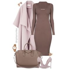 I like this outfit becasue it used the same color just different shades of it thru out.