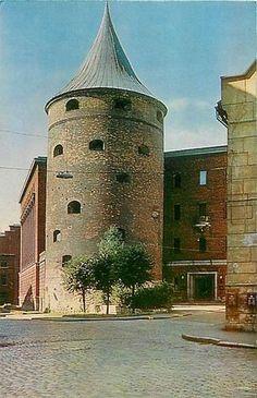 Latvia Riga Powder or Sand Tower Riga Latvia, Beautiful Castles, Towers, Explore, Drawing, World, City, Painting, Travel