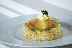 Surprise Egg, by A.Politi