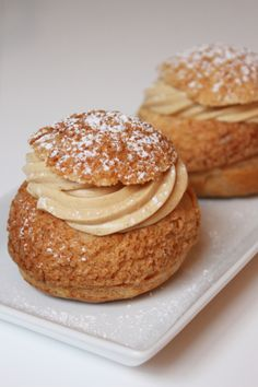 Praline choux puffs Pastry Recipes, Dessert Recipes, Eclairs, Profiteroles, Choux Pastry, French Pastries, Food Humor, Something Sweet, Sugar And Spice