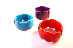 Tagua-seeds with pure colour!