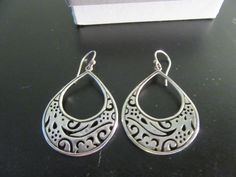 Sterling silver Silpada drop earrings- beautiful design, great condition, ready to wear, box included by HeathersCollectibles on Etsy