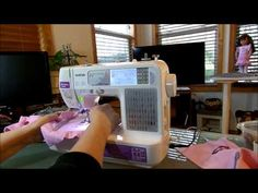 How to Applique with the SE-400 Machine Pt. 1 - YouTube