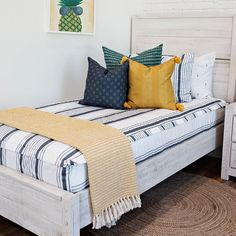 It's BACK TO SCHOOL time which means back to routines and schedules.....Beddy's can make that transition a breeze and what's better than that?! Getting a Beddy's ON SALE!  Use code PINTEREST right now for 20% off your ENTIRE ORDER!  #zipperbedding #zipyourbed #beddys  #homedecor #boysroom  #boysroomdecor #kidsinterior  #kidsbedroom #kidsbedding #kidsdesign  #bedding #boystuff #boybedding