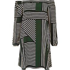 Green stripe bardot swing dress 45,00 €