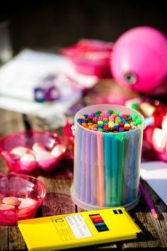 kinderen  - snoeppot  - tasje met kleurpotlode