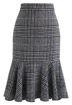 Show Your Curve Flare Hem Knit Skirt in Blue - Skirt - BOTTOMS - Retro, Indie and Unique Fashion skirt skirt skirt skirt outfit skirt for teens midi skirt Unique Fashion, Modest Fashion, Mode Outfits, Skirt Outfits, Fashion Outfits, Plaid Fashion, Indie Fashion, Party Outfits, Retro Fashion