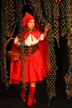 Google Image Result for http://www.soulofmiami.org/wp-content/uploads/2011/11/Little-Red-Riding-Hood.jpg