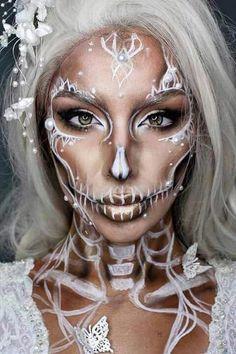 Halloween Makeup Skull, Beautiful Halloween Makeup, Sugar Skull Makeup, Halloween Inspo, Halloween Makeup Looks, Halloween 2018, Halloween Costumes, Halloween Party, Haloween Makeup