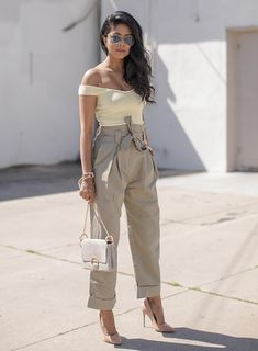 Sydne Style shows how to wear pastel for spring from fashion blogger walk in wonderland in baby yellow