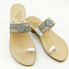 Sandali gioiello capresi fatti a mano su misura. non solo infradito...... www.deasandals.com