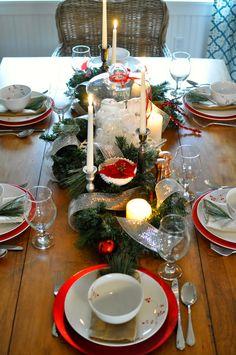Christmas Holiday Tablescape.  Christmas Home Tour.  Home for the Holidays Blog Hop: A Nurse & A Nerd