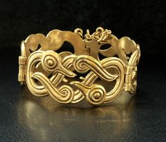 Inside size of the bracelet (including the cm / Width of the widest part cm / Copper Bracelet, Bronzer, Jewelry Design, Designer Jewelry, Finland, Vikings, Heart Ring, Jewelery, Gold Rings