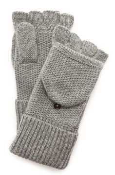 ash grey fingerless gloves  http://rstyle.me/n/rs2wapdpe