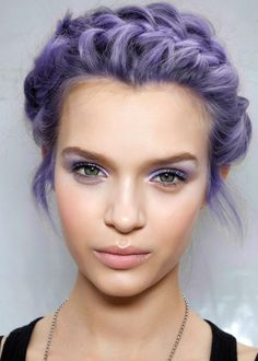 Short hairstyle with purple dye - http://ninjacosmico.com/28-crazy-hairstyles-ideas/