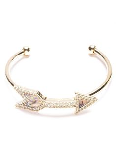 The Sign Arrow Cuff Bracelet in Gold #fashion #style #cuffbracelet #arrow #gold #bracelets - 16,90  @happinessboutique.com