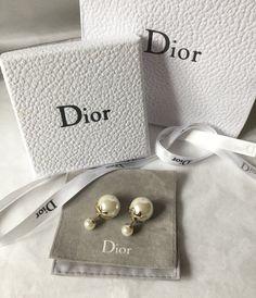 4fb254e31ac074 DIOR TRIBALE Mise en Dior Tribal Earrings GOLDEN TULIP Flower Petal  AuthenticNIB