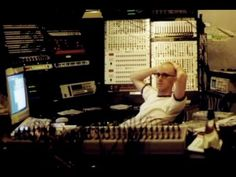 WATCH? Slices — Pioneers of Electronic Music: Richie Hawtin (70 Min.)