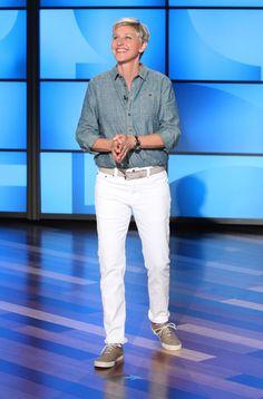 Shirt: Vintage Levi's Pants: Levi's Shoes: ProKeds Belt: Seize sur Vingt  Makeup: @hcurriebeauty