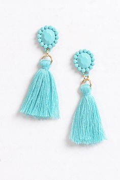 Mini Minted Earrings – Mini Minted Earrings with tiny tassels are perfect for spring! Lightweight, mint colored, tiny jewelry that anyone will love!