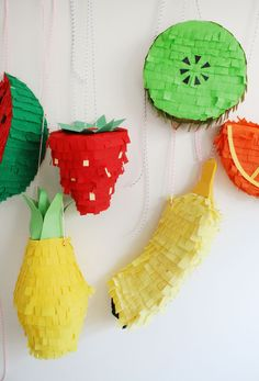 pinata via my-candy-castle Festa Party, Diy Party, Pinata Party, Party Ideas, Party Fun, Perfect Party, Party Favors, Diy Piñata, Diy Crafts