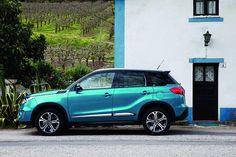 Οι συμπαγείς διαστάσεις του αμαξώματος είναι από τα χαρακτηριστικά που χαρίζουν στο Vitara ξεχωριστό ενδιαφέρον στην ελληνική αγορά αλλά και την απαραίτητη ευελιξία σε περιβάλλον πόλης http://auto.in.gr/testing/article/?aid=1231404785 #auto #car #suzuki #vitara