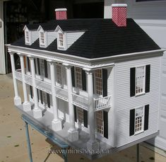 The Rosedawn Plantation assembled doll house by Lawbre. Craftsman House Plans, Modern House Plans, Dollhouse Kits, Dollhouse Miniatures, Dolls House Shop, Doll Houses, Clapboard Siding, Home Building Tips, Shell House