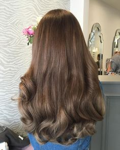 One of my absolute favvvvvs! How STUNNING is this colour I've used a mix of blonde, ash brown & light chocolate brown DD weave to create a balayage effect after block coloured clients hair from BLONDE to BROWN! Ombre Hair, Balayage Hair, Blonde Hair, Ash Blonde, Blonde Highlights, Beautiful Long Hair, Gorgeous Hair, Aesthetic Hair, Locks