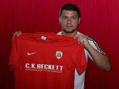 Dale Jennings signed from Bayern Munich on a three year deal