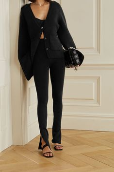 Skinny Pants Outfits, Black Skinny Pants, Skinny Fit, Winter Outfits, Casual Outfits, Cute Outfits, Fashion Outfits, Mode Ootd, Neoprene