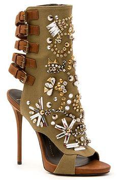 Zanotti Shoes That Will Take Your Breath away Read more: http://www.fashion.maga-zine.com/18081/zanotti-shoes-2015/#ixzz3V3WWQVDf Follow us: @StyleDigger on Twitter   americanfashiontv on Facebook