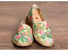 Good for your Feet, Good for the planet is listed For Sale on Austree - Free Classifieds Ads from all around Australia - http://www.austree.com.au/clothing-jewellery/women-s-shoes/good-for-your-feet-good-for-the-planet_i3216