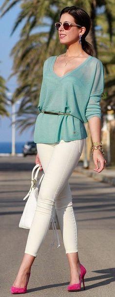 #spring #fashion #stylish #outfitideas |Turquoise top + cream denim | 1sillaparamibolso