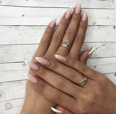 Faded french nails posts my life nails, alm Almond Acrylic Nails, Almond Shape Nails, Cute Acrylic Nails, Long Almond Nails, Almond Nail Art, White Almond Nails, Acrylic Gel, French Nails, French Manicure Nails