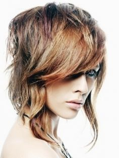 Chic Asymmetrical Hair Styles For Fall - It might sound surprising, however, most hair types can handle a layered cut. The chic asymmetrical hair styles for Fall presented here provide you with soft layers as well as the desired length to offer you endless hair styling alternatives. Look for cute crops that suit your face shape and that can bring out the most of your sex-appeal. Let your do speak for yourself everytime you decide to make a smashing impression on your friends and admirers.
