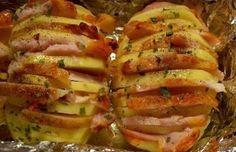 Kartoffeln mit Speck, Käse und Champignons überbacken