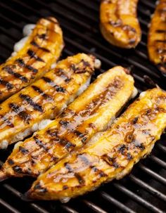 Grilled Ripe Plantains (Plátanos Maduros a la Parrilla) // this sounds like a very good idea