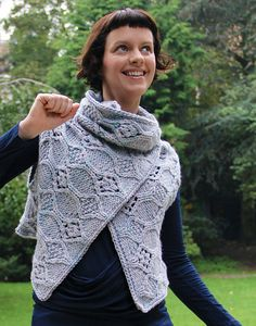 This looks so fabulous, I can't wait to cast on! Ravelry: Irena Wrap pattern by Deirdre Lejeune