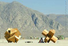 burning man installations | Burning Man 2007 Paradoxagons by Kevin Walsh and Jon Oxford Large ...