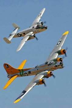 Boeing B-17 & North-American B-25 Mitchell