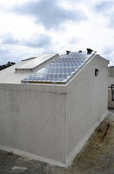 1000 images about how long do solar panels last on for How long does it take to build your own house