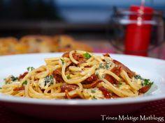 Pasta linguine med gorgonzola og prosciutto crudo
