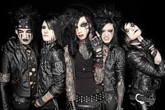 I love Black Veil Brides', but I LOVE One direction more. idk, I just do.<<< BVB all the way :) Black Veil Brides Andy, Black Veil Brides Members, Black Viel Brides, Andy Biersack, Pierce The Veil, Jake Pitts, Ramones, Bvb Wallpaper, Iphone Wallpaper
