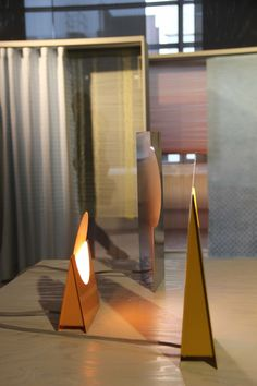 Sanne Schuurman at the graduation show Design Academy Eindhoven with her Eclipse light #ddw Photo's Gimmii.nl