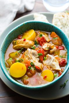 Slow cooker Spanish chicken stew is a cozy meal that brings a little Spanish flair to your dinner table, thanks to roasted red peppers, smoked paprika, and a pinch of saffron. Slow Cooker Stew Recipes, Slow Cooker Huhn, Best Slow Cooker, Slow Cooker Soup, Slow Cooker Chicken, Crockpot Recipes, Soup Recipes, Cooking Recipes, Healthy Recipes