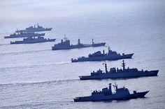 Formatura - Marinha do Brasil. Marinha do Brasil. Protegendo nossas riquezas, cuidando da nossa gente!